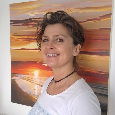 Dr. Karin Auer